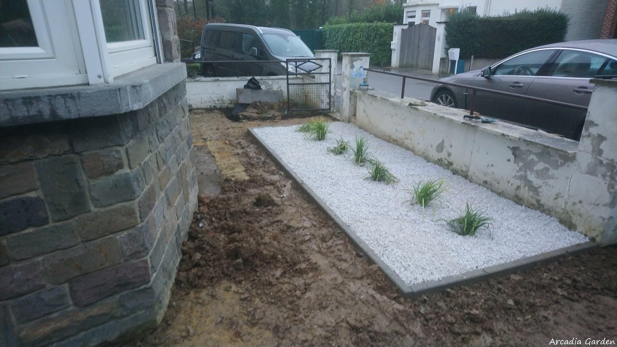 création d'une terrasse en pierre bleu + aménagement